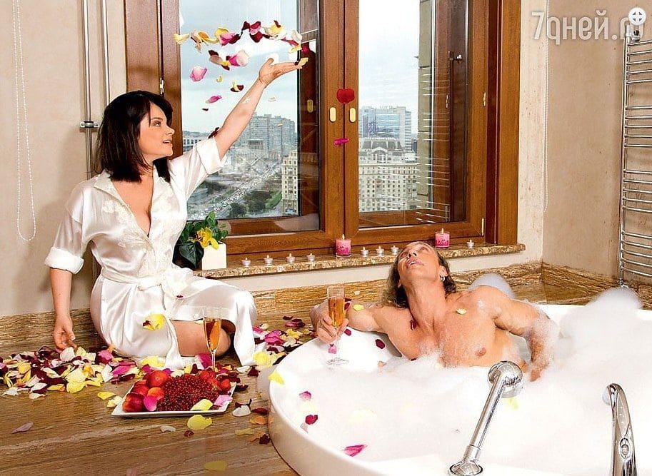 Фото Наташи Королёвой в бане с подругами. Интересные детали