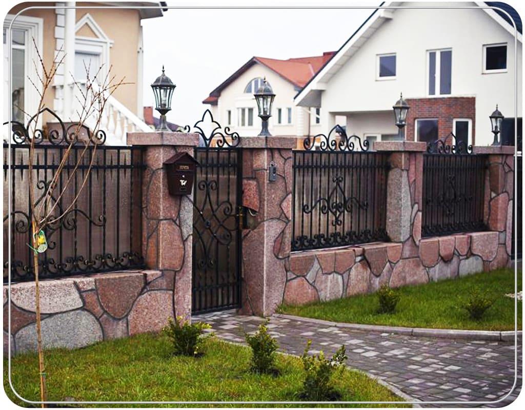 дает возможность забор возле дома картинки тільки показують