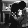 Гифки «Страсть». Бурные поцелуи, объятия, огонь любви.