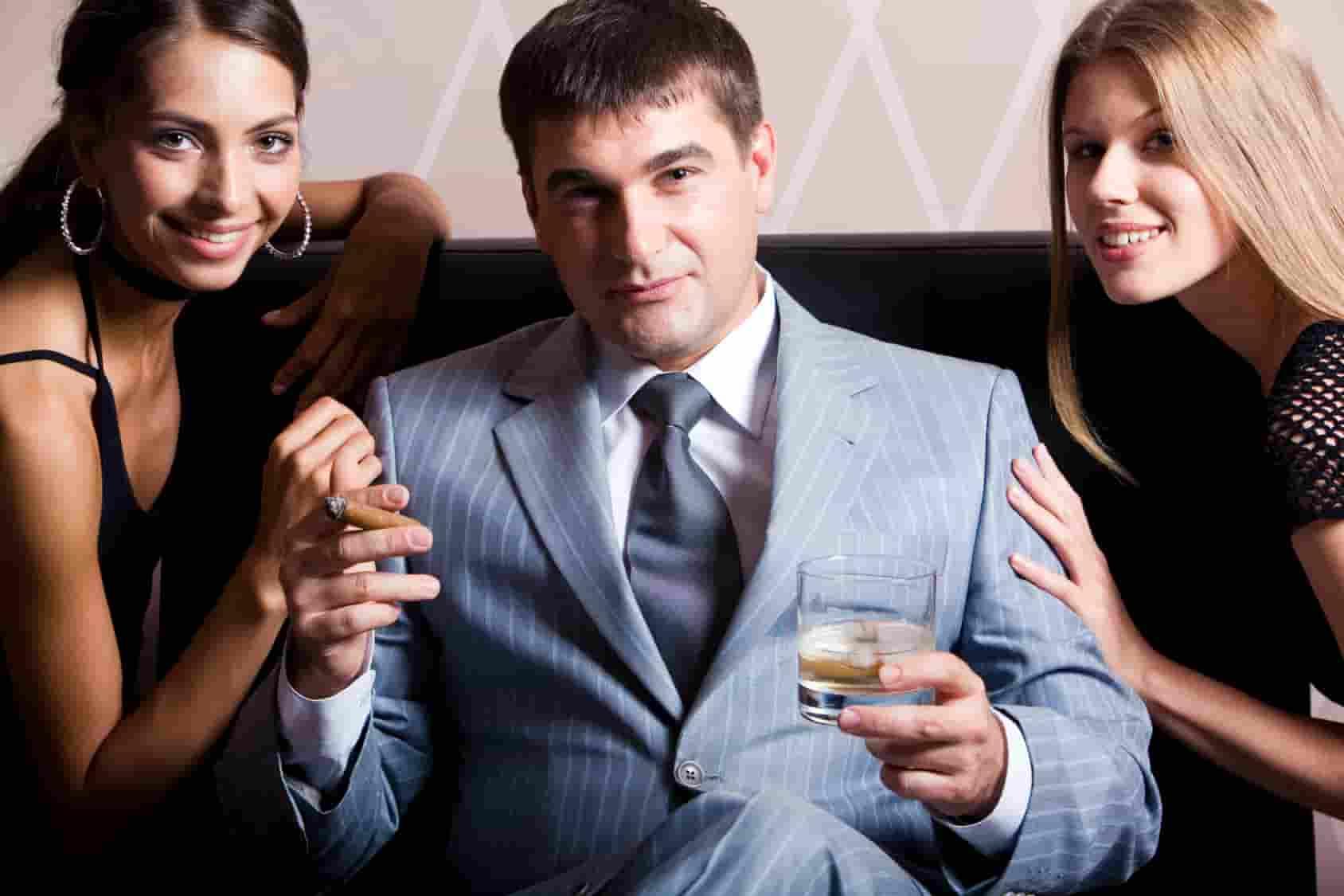 Как стать привлекательной для богатых мужчин