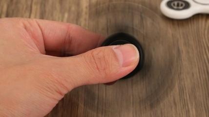 Как сделать, чтобы спиннер крутился дольше?