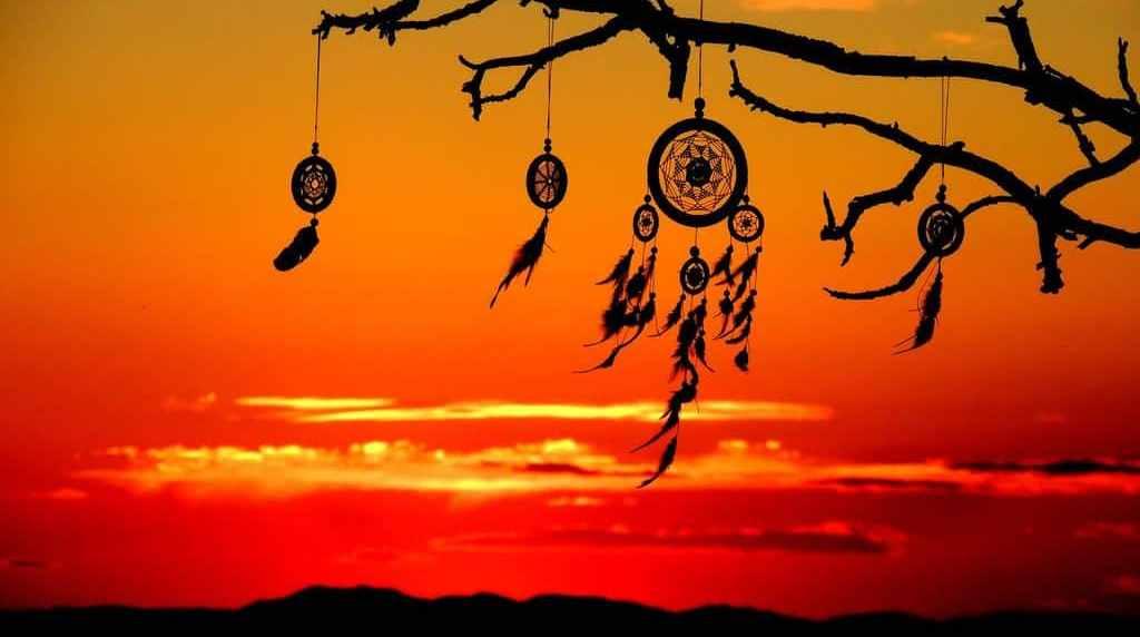 Ловец снов: для чего он нужен человеку? Для чего нужен ловец снов, и что это такое. Старая легенда об истории возникновения ловца снов