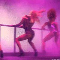Гифки Тверк, Бути дэнс. 80 GIF анимаций танцев попой